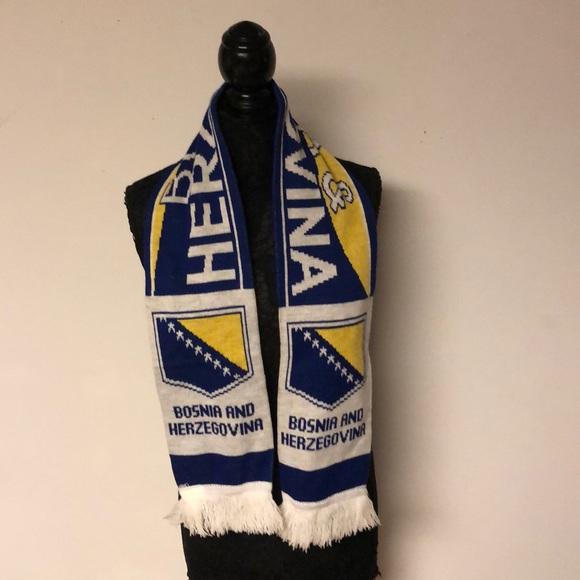 -scarf Men